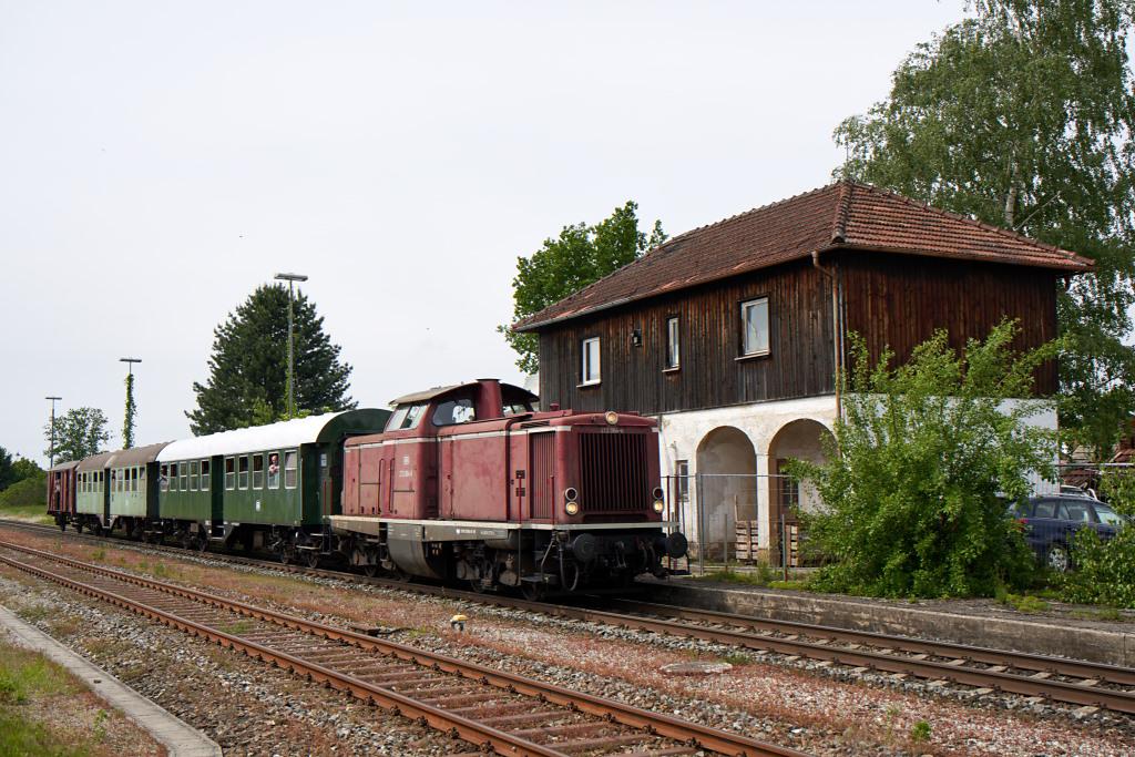 http://bahn.es85.de/25JahreLiniensternMuehldorf/GfE_212084_Pirach.jpg